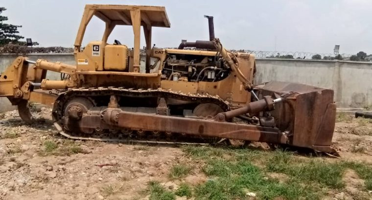 Bulldozer D8K  for Hire